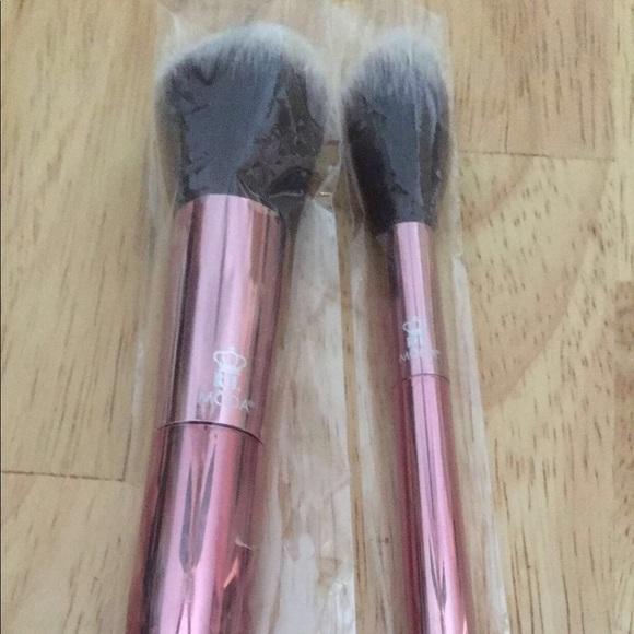 Moda Other - Moda brush set